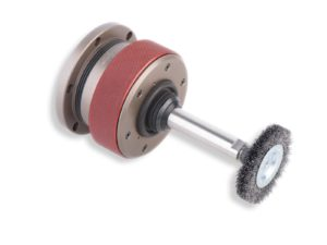 Gravostar outil pour ébavurer avec du brosse radial